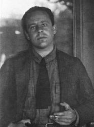 A 1919 photograph of Paul Strand by Alfred Stieglitz.
