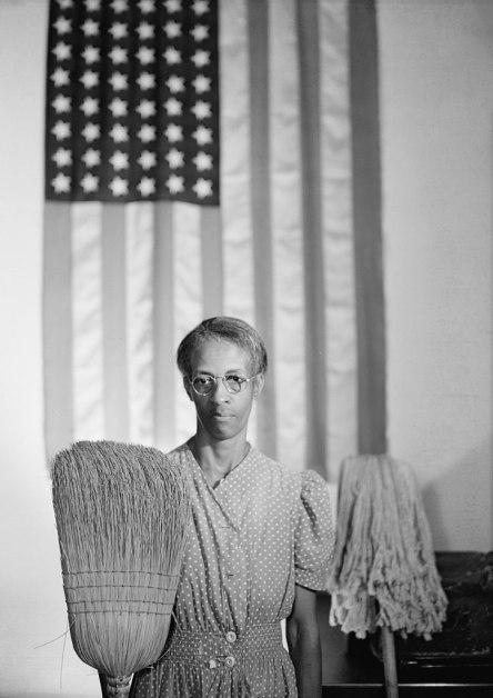 Gordon Parks - American Gothic (1942)