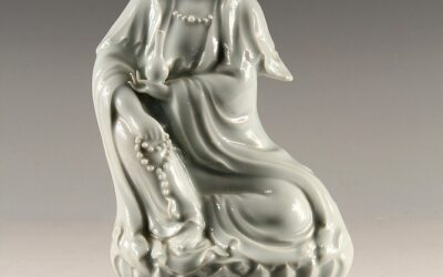 Unusual Blanc de Chine Guanyin