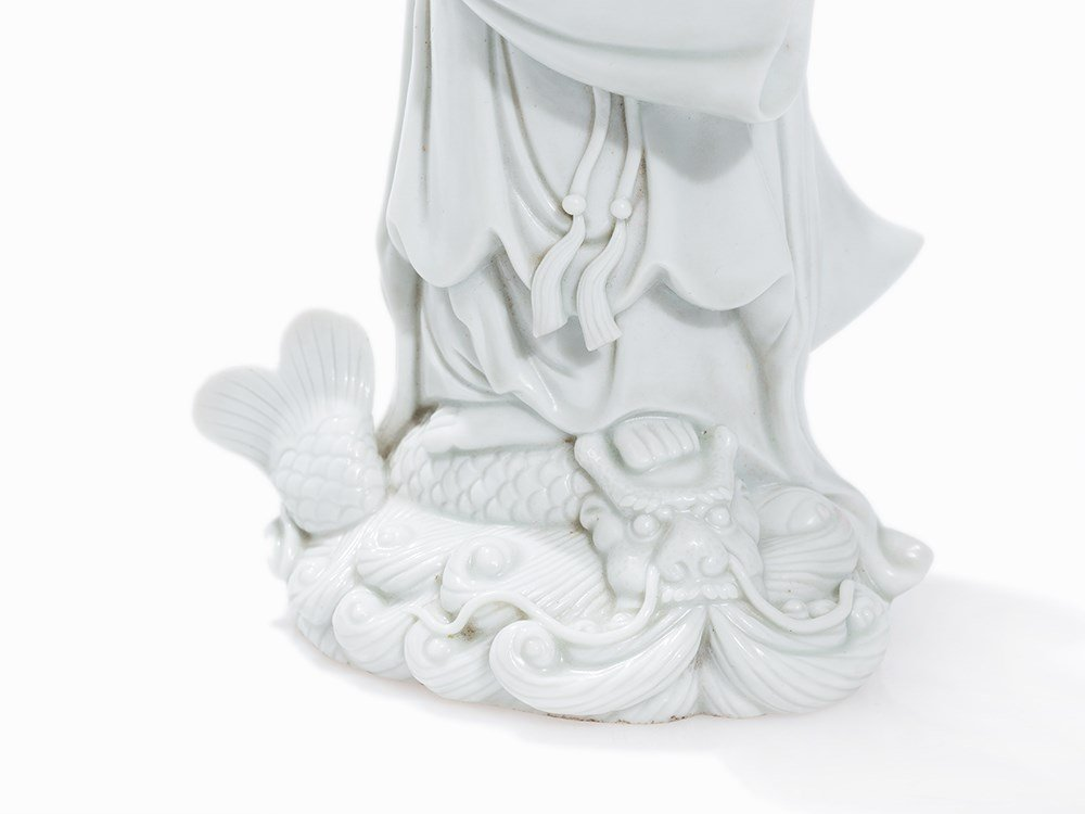 18TH C BLANC de CHINE GUANYIN (3)