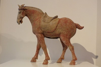 Painted Grey Pottery Saddle Horse (1)