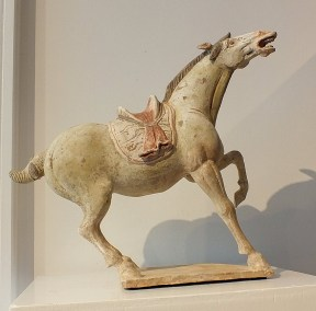 Exceptional Buff Prancing Horse (2)