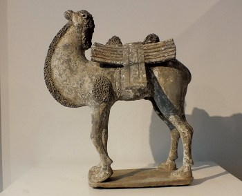 Extremely-Rare-Painted-Gary-Pottery-Bactrian-Camel (11)