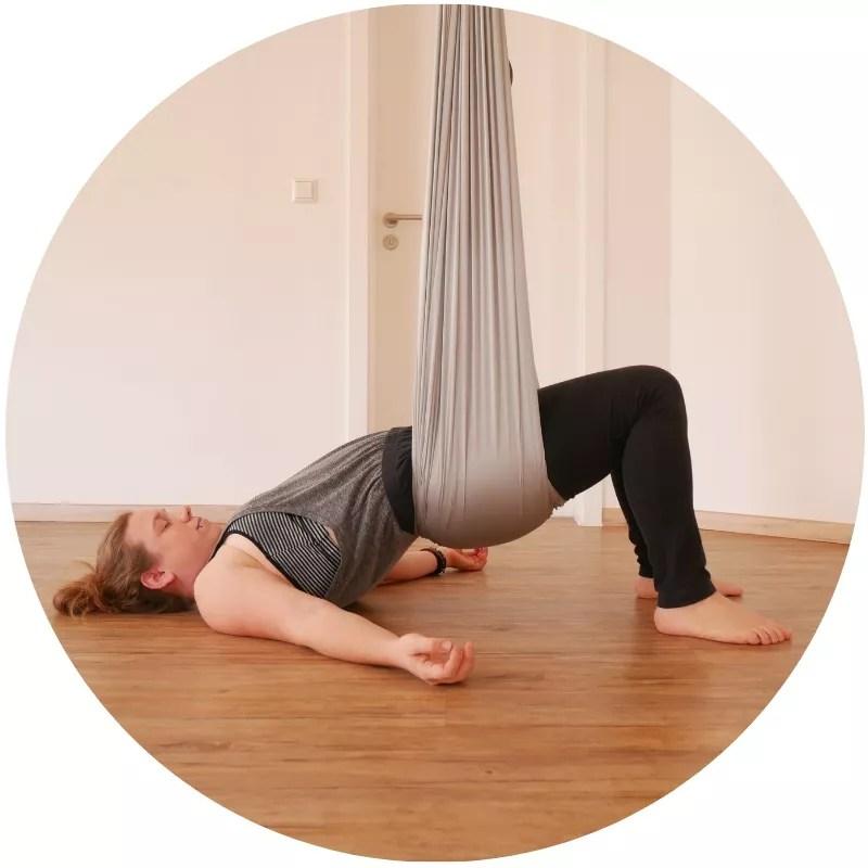 aerial yin yoga, FLYoga