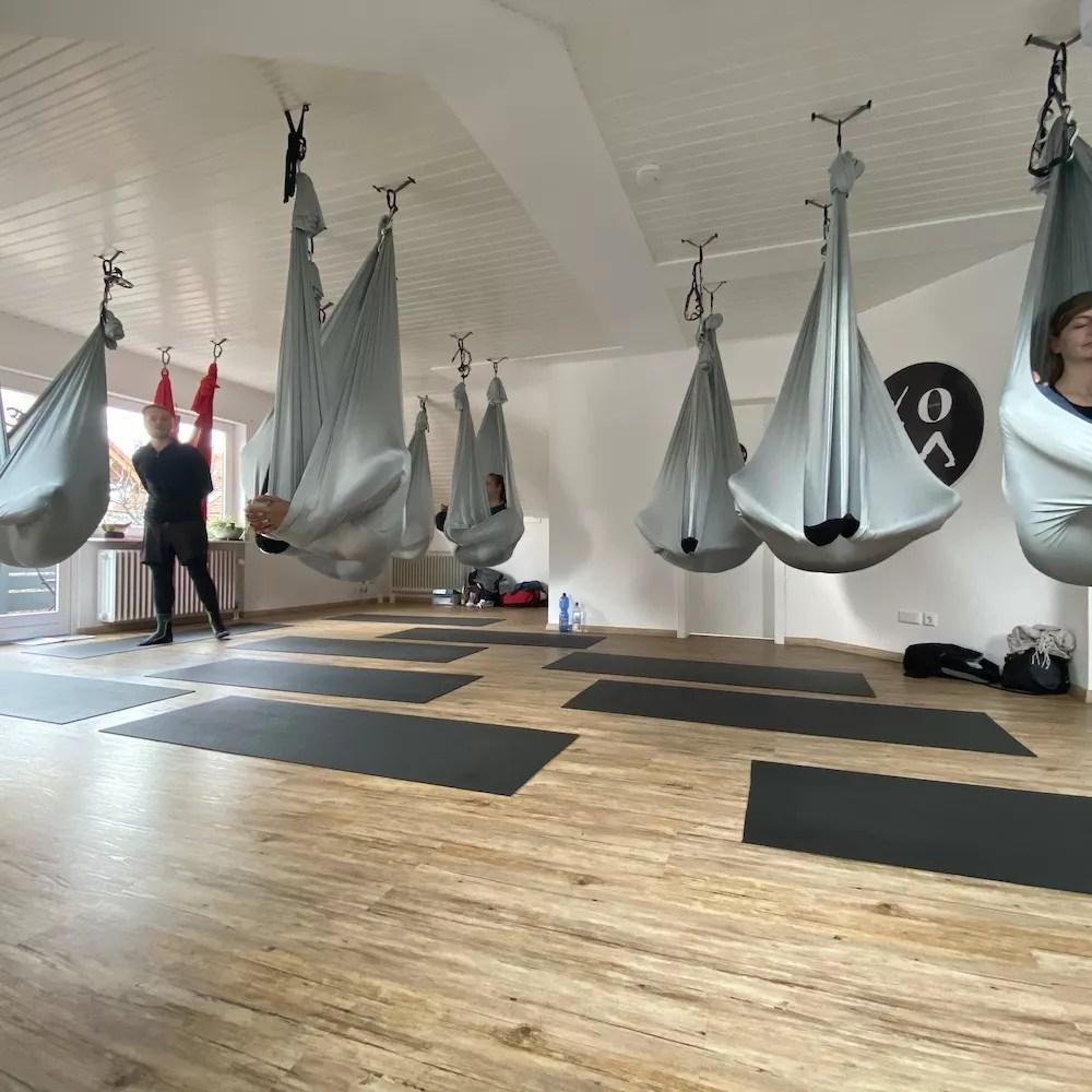 Aerial Yoga Einsteiger