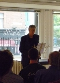 Barry McGovern speaking at the Alliance Francaise