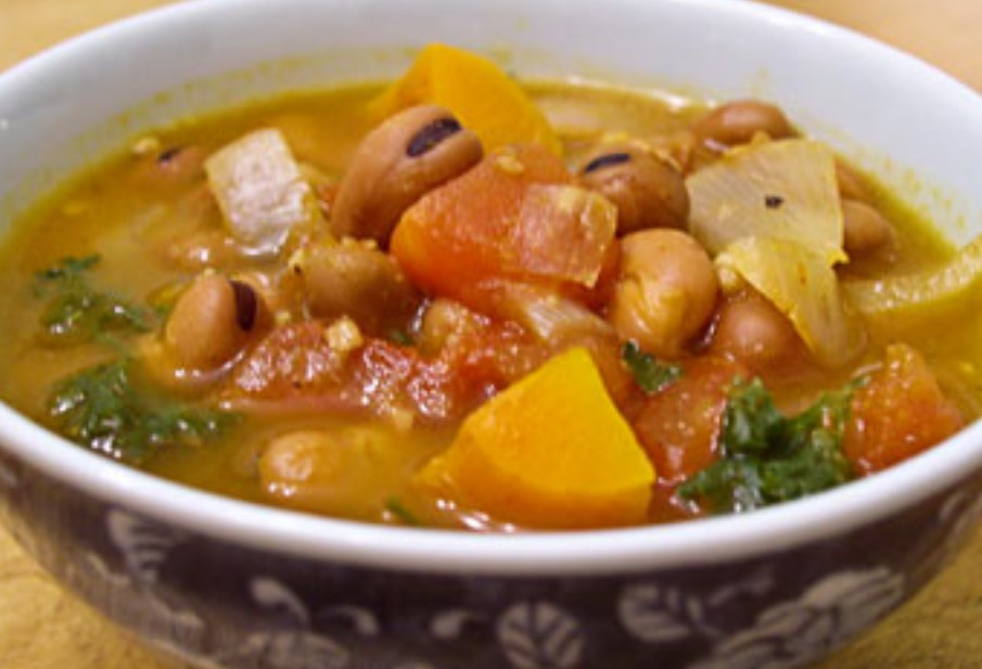 Egyptian Bean and Vegetable Soup