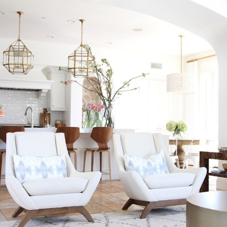 modern coastal family room becki owens