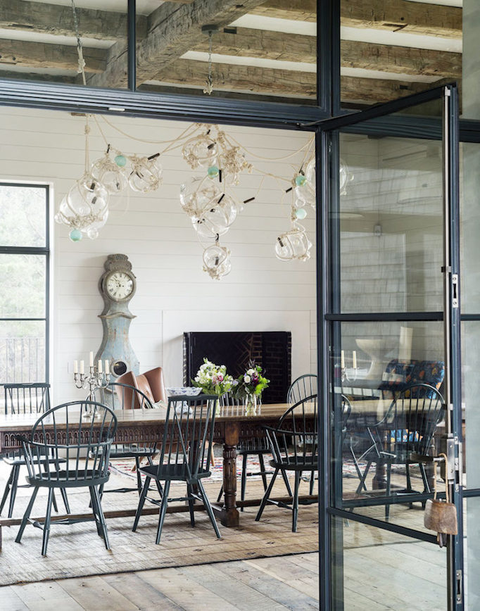 Dream Home: Amazing Eclectic Modern FarmhouseBECKI OWENS