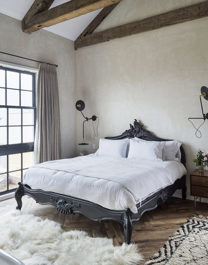 Dream home amazing eclectic modern farmhousebecki owens for Modern farmhouse bedroom