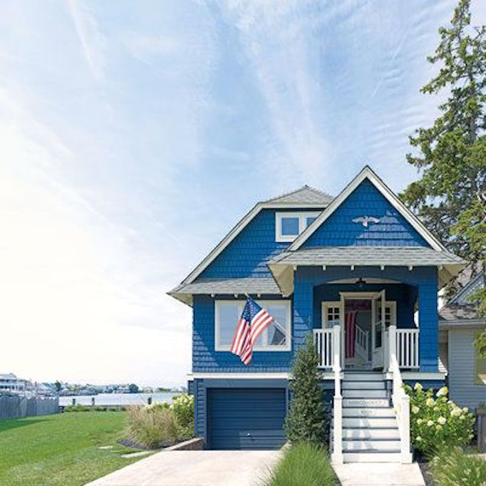 Patriotic Exteriors For The 4th Of JulyBECKI OWENS