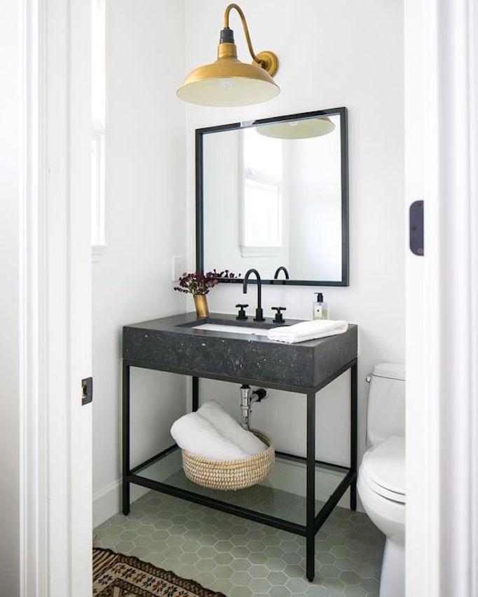 25 Fresh Farmhouse BathroomsBECKI OWENS on Farmhouse Bathroom  id=73489