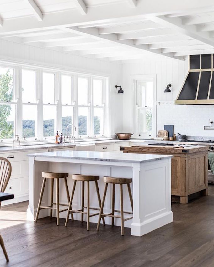 3 White And Wood Dream KitchensBECKI OWENS