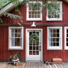 Welcome Santa: 5 Inviting Holiday Homes + Yummy Cookie Recipes