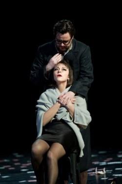 Corinne Winters (Violetta) and Ben Johnson (Alfredo)  © Tristram Kenton/ENO
