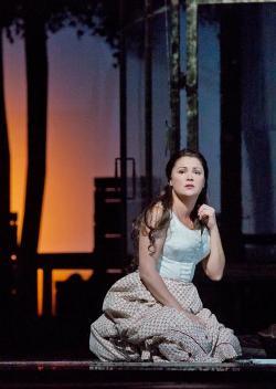 Anna Netrebko (Tatyana) © Ken Howard/Metropolitan Opera