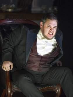 Quinn Kelsey (Rigoletto) (c) Alastair Muir/ENO