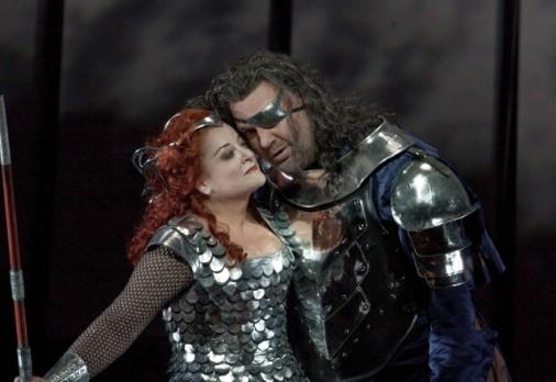 Deborah Voigt (Brünnhilde) and Bryn Terfel (Wotan) © Ken Howard/Metropolitan Opera