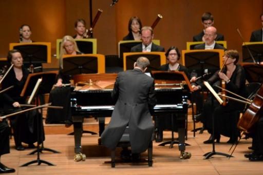 Stefan Vladar and the Vienna Chamber Orchestra © Juan Ruy Castaño