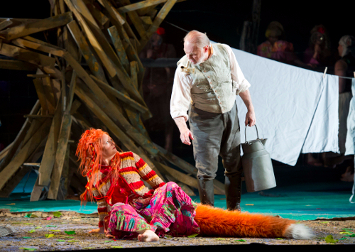 Lucy Crowe (Vixen) and Sergei Leiferkus (Forester) © Bill Cooper | Glyndebourne (2012)