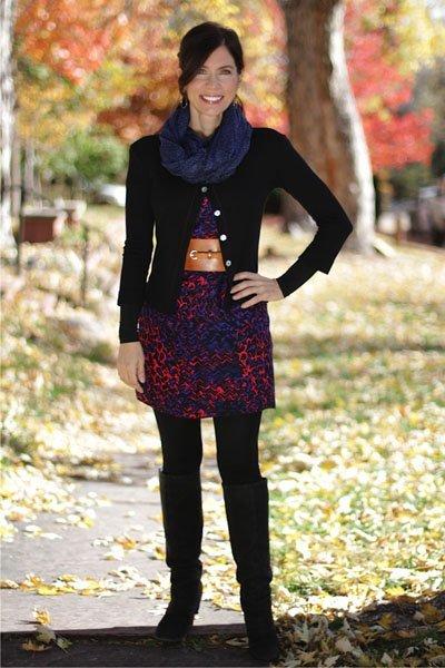 Ana-Bogusky-beckons-yoga-clothing-hemp-sweater-one