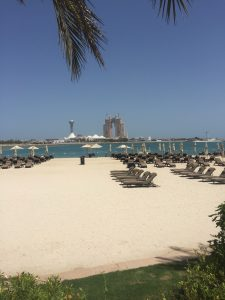 spend two days in abu dhabi on the beach