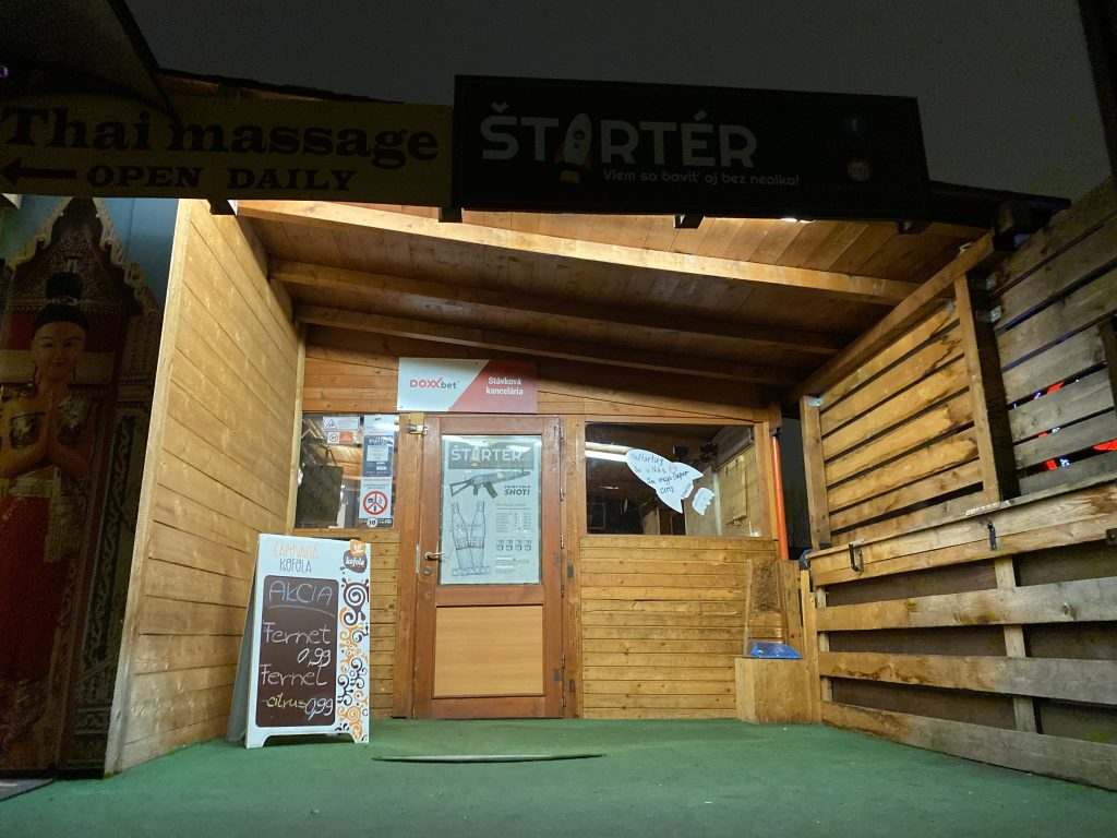 Entrance to Starter Pub in Bratislava