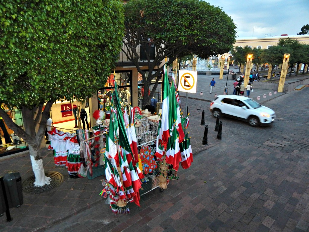 Queretaro Mexican flags