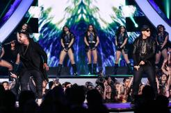don-omar-y-daddy-yankee-premios-billboard-2016_0