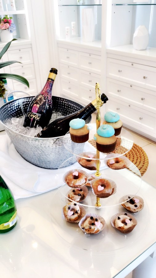 Barba Skin Care champagne and cupcakes (1)