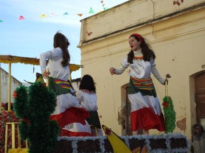 Float dancing