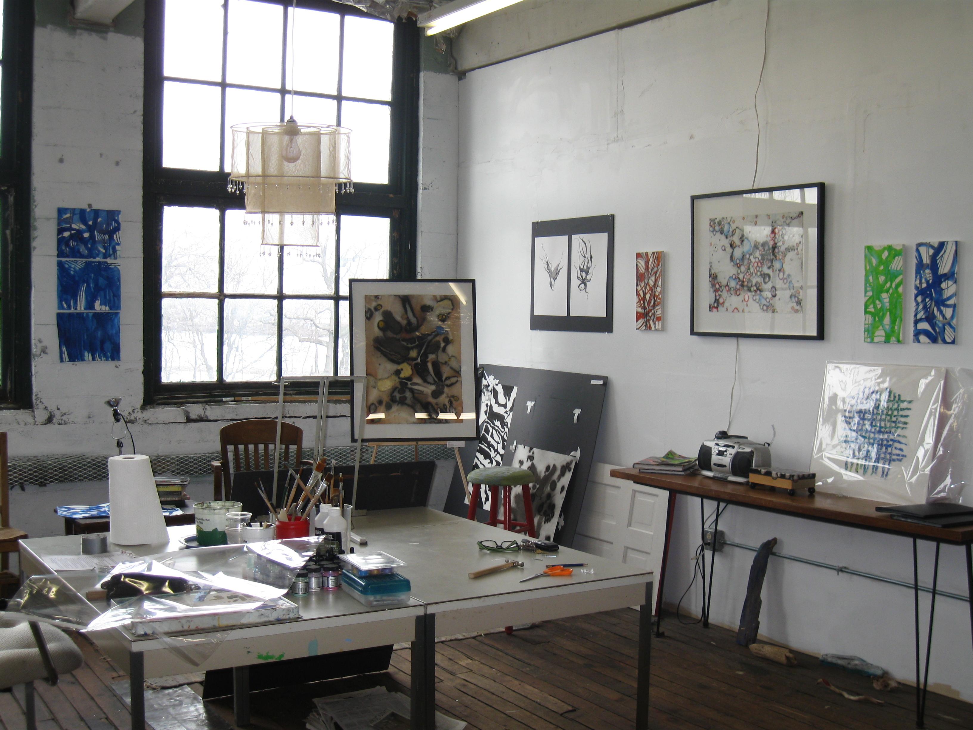 04_02_09-studio-pics-0101