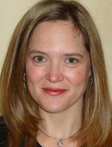 Mira Lyn Kelly author photo