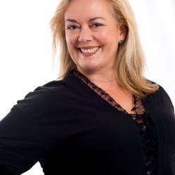 Cathleen Ross author photo