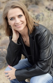 Lynn Rush author photo