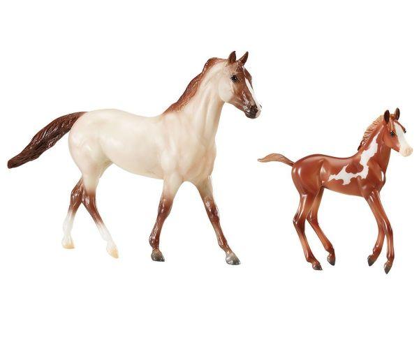 running wild model horses