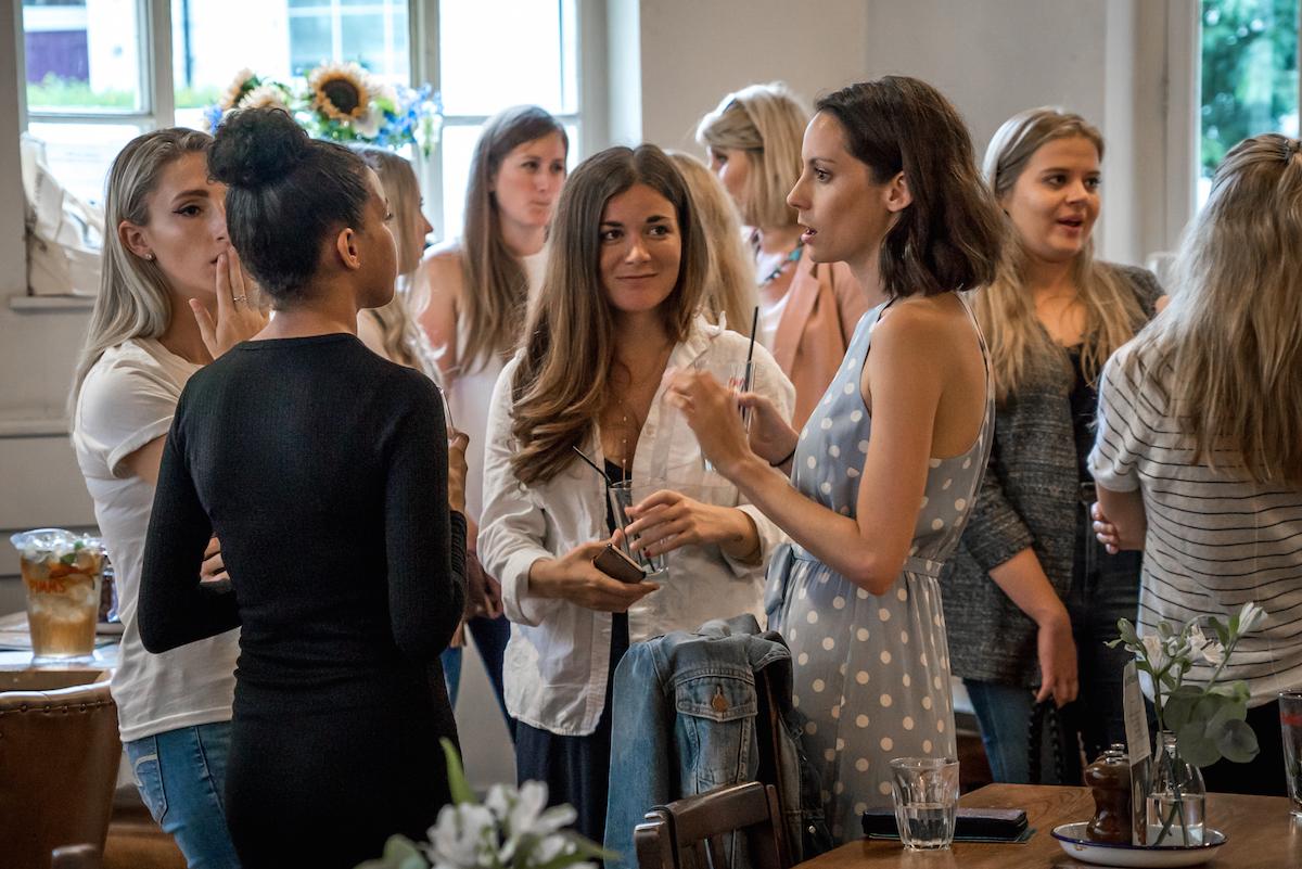 Meet girls in london