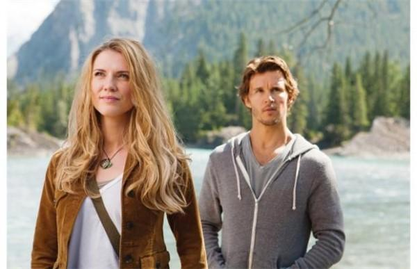 photos-of-ryan-kwanten-on-set-of-the-right-ki-L-2K5yaV