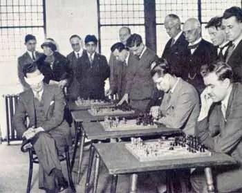 Koltanowski playing a blindfold match in Edinburgh, 1937
