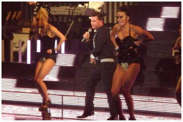 Stephen Gately - All The Single Ladies