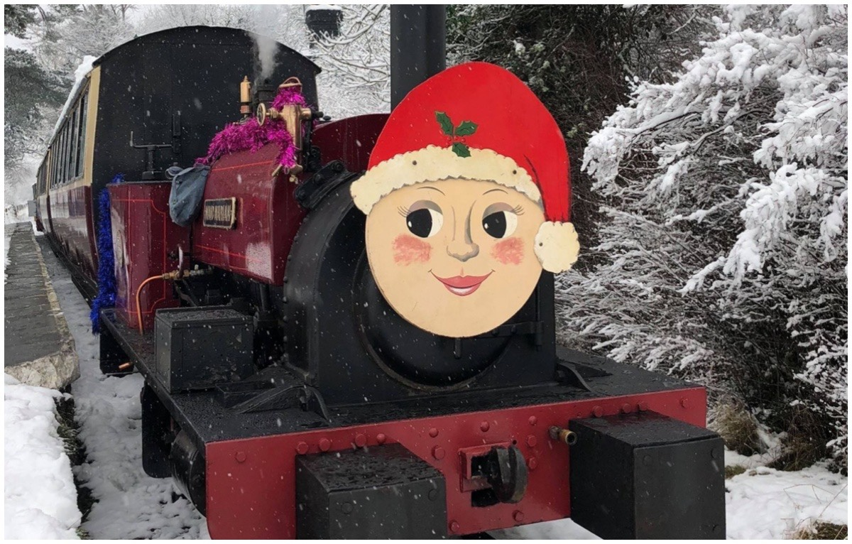 One of the Bala Lake Santa Trains in the snow