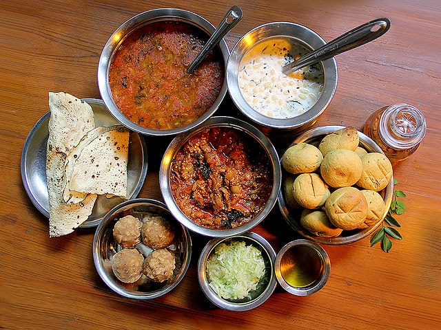 Top 10 delicious indian food | Be Curious | becurius.co.in