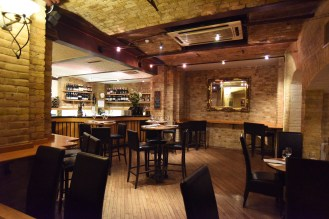 LM_Front_Bar_Area