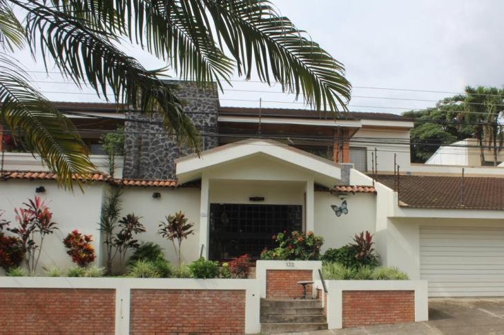 casa laurin escazu costa rica - CASA LAURIN - Escazu, Costa Rica