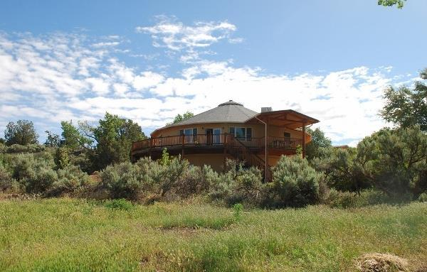 red moon lodge a retreat style bed and breakfast moab ut - Red Moon Lodge a Retreat Style Bed and Breakfast - Moab, UT