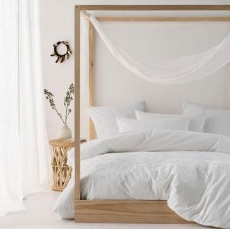Luxourious-mosquito-nets-kampala