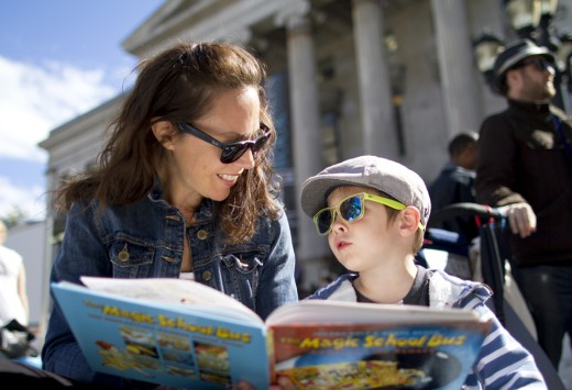 Kristin Henderson reads a story with her son Griffin. (Photo: Meghan White)