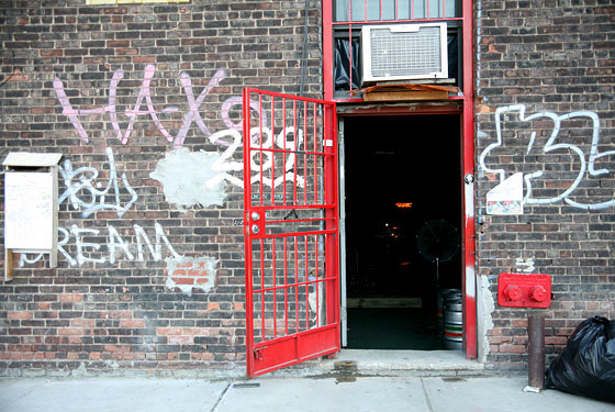 Glasslands (Photo: Tracy Morford for New York magazine)