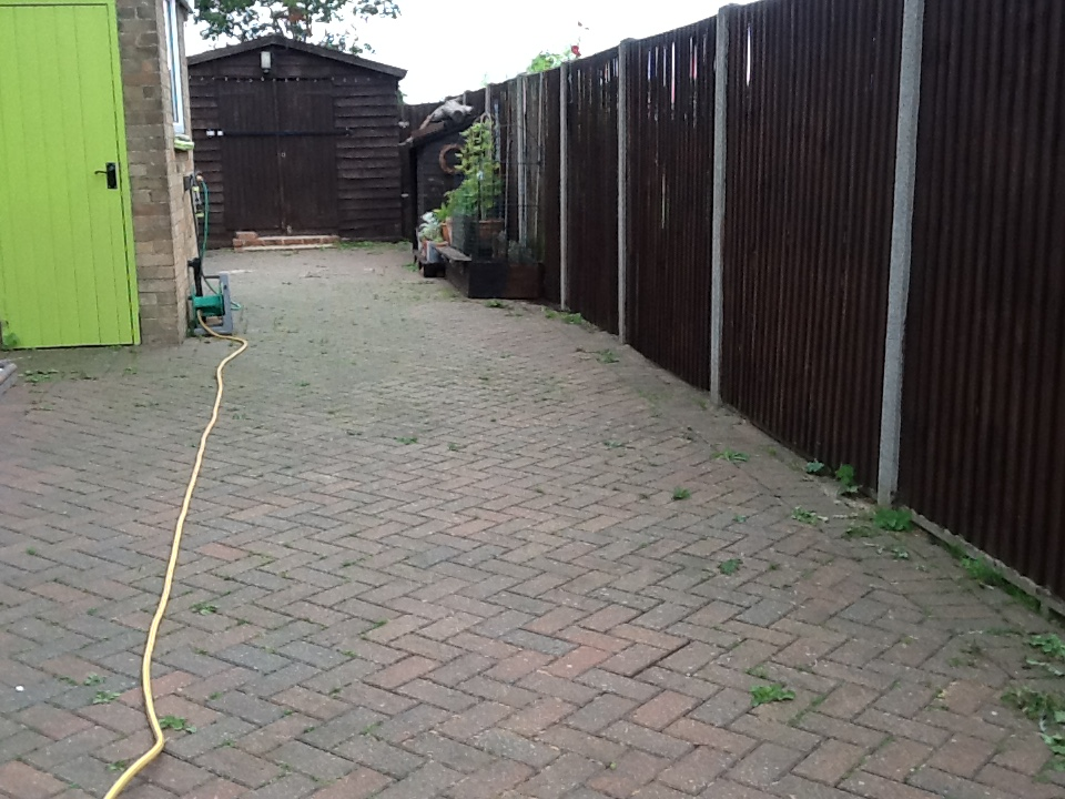 Driveway before cleaning Pertenhall
