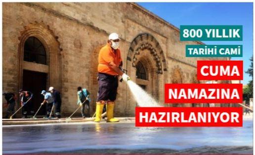 800 yıllık tarihi cami cuma namazına hazırlanıyor
